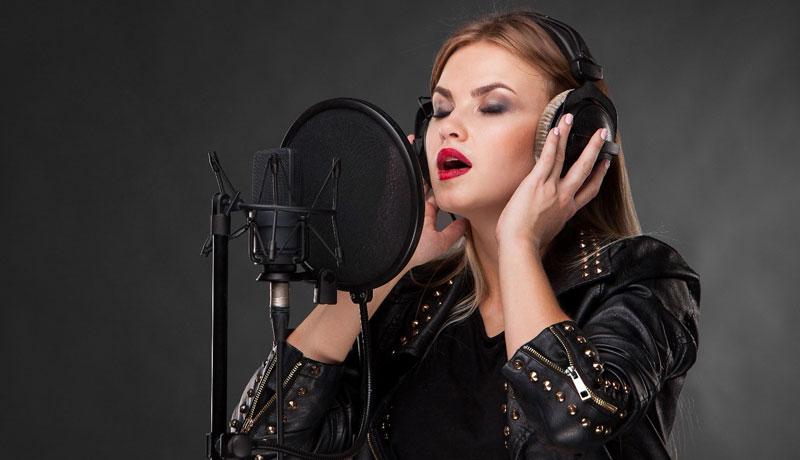 مهمترین عامل در باز شدن صدا برای خوانندگی